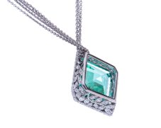 diamond-shaped green necklace